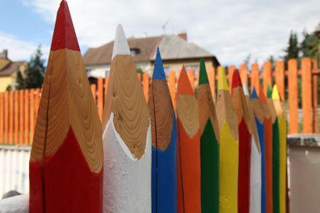 pastelkový plot.JPG